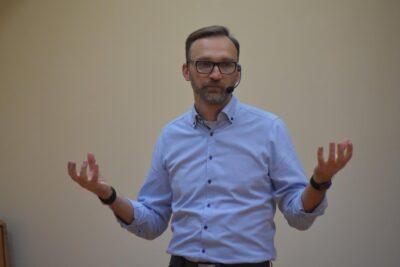 O rozwoju osobistym opowiada Wojciech Strózik